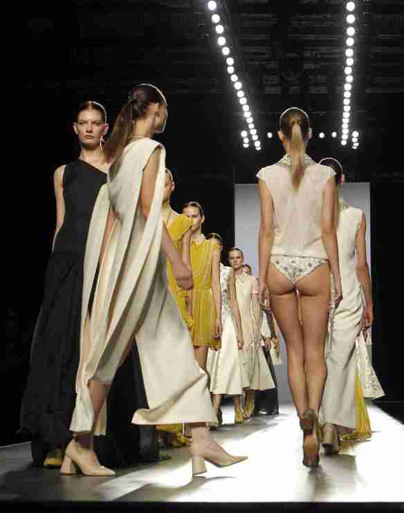 Models present creations of the Spring-Summer 2016 collection by Spanish designer Teresa Helbig during the 62nd Mercedes Benz FashionWeek Madrid (MBFWM), in Madrid, Spain, 20 September 2015. The MBFWM, the main showcase for Fashion design in Spain, will run from 18 to 22 September. EFE/Zipi